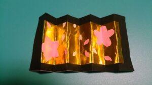 桃の花の屏風