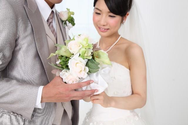 お彼岸 結婚式 招待状