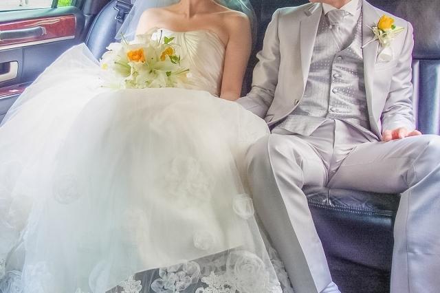 車 結婚式